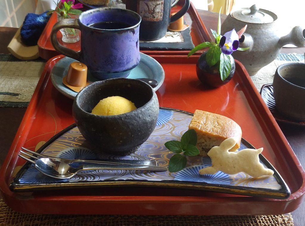 のうさぎカフェのお菓子プレート