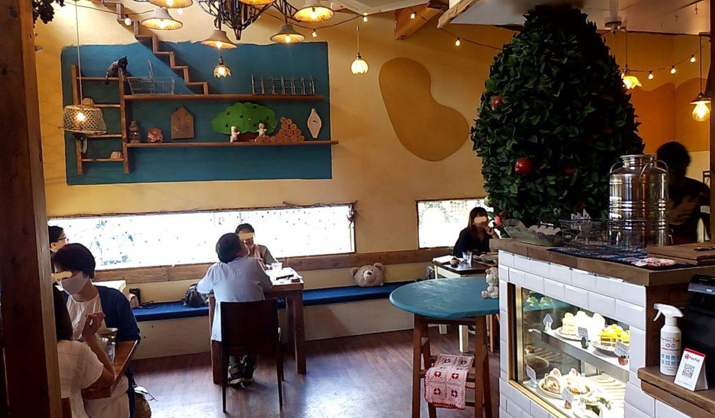 おうちカフェaiaiの店内