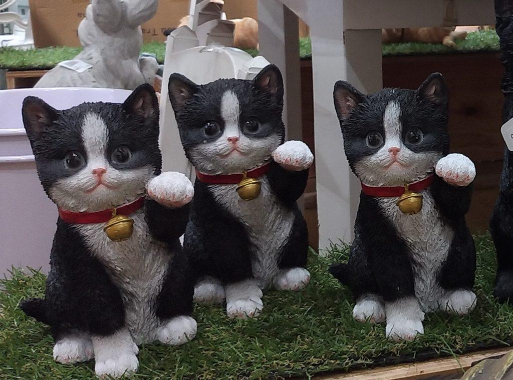 JOYGARDENファニチャー八割れ猫