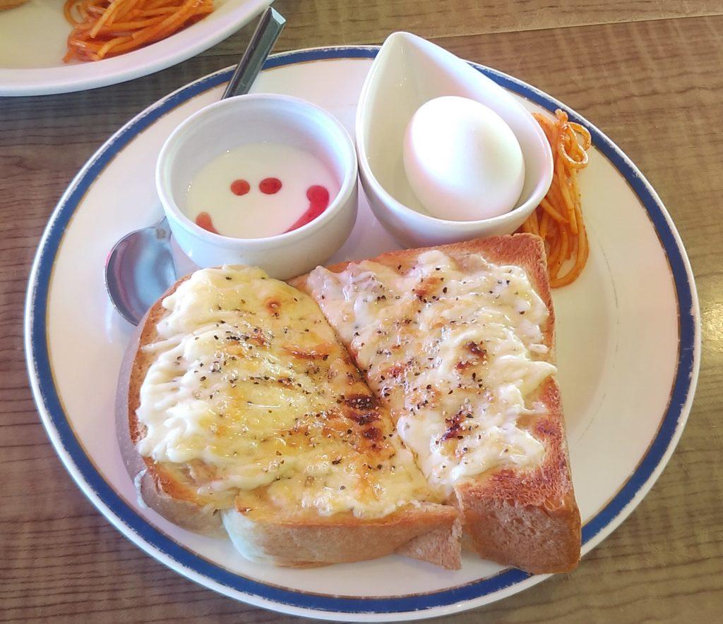 『ルゥ・カフェ』ツナマヨチーズ
