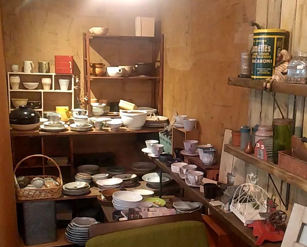 陶花陶器コーナー