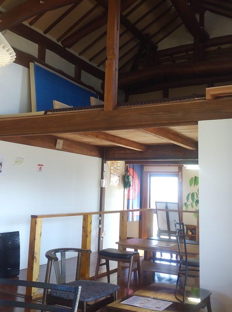 小豆カフェあんこ店内2(屋根裏)