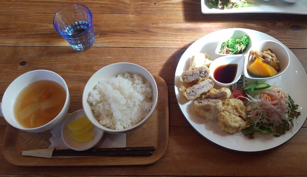 cafe歩笑(ぽえむ)日替わりランチ